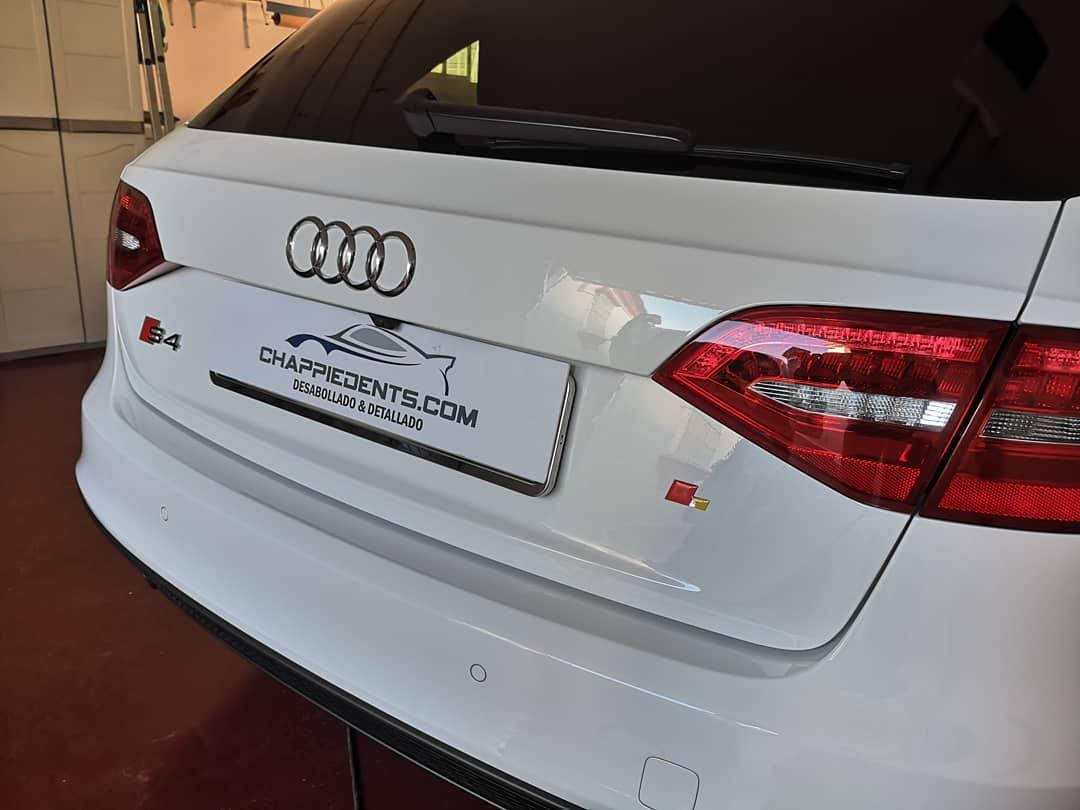 Audi s4 detallado por chappidents